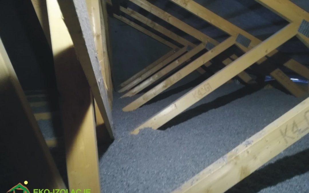 Poprawa izolacji stropodachu wentylowanego